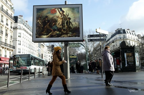 Artsy Fart of the Day: Out With the Advertisements, in With Classical Art