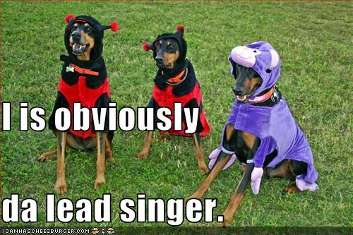 I is obviously  da lead singer.