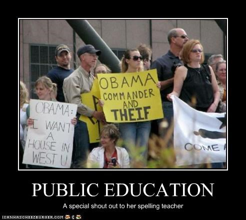 barack obama,democrats,misspelling,president,protesters,signs,teabaggers