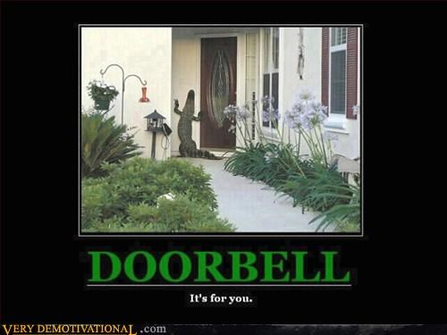 alligator,doorbell,jehovas-witness,reptile,scary,Terrifying
