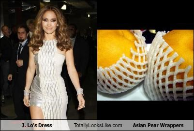 J. Lo's Dress Totally Looks Like Asian Pear Wrappers