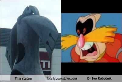 This statue Totally Looks Like Dr Ivo Robotnik