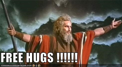 charlton heston,hugs,moses,The 10 Commandments