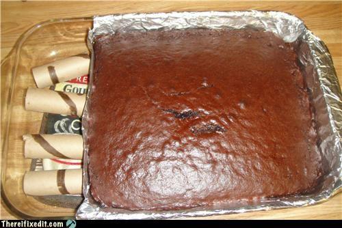 8 x 8 Cake Pan Needed? Bah!