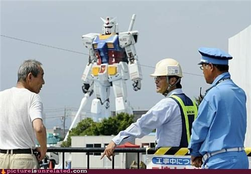 awesome,gundam,robot,statue,wtf