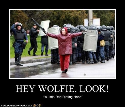 HEY WOLFIE, LOOK!