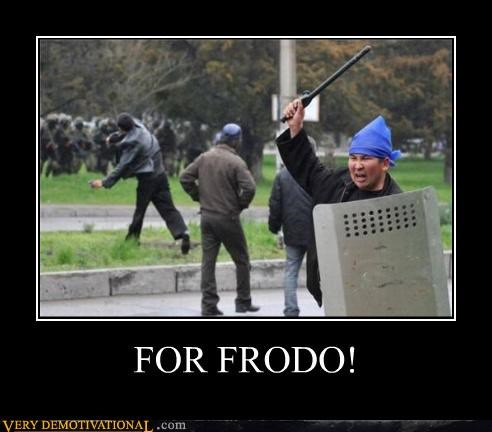 batons,frodo,Hobbitses,Lord of the Rings,Pure Awesome,riot shields