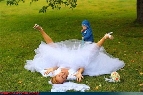 Crazy Brides,eww,fashion is my passion,funny wedding photos,miscellaneous-oops,surprise,upskirt,wtf