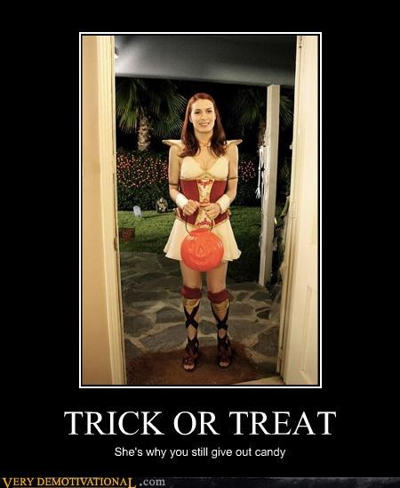 babes,candy,Felicia Day,halloween,impossible,the Guild,trick or treat
