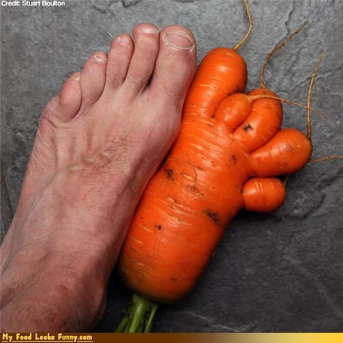 Funny Food Photos - Carrot Foot