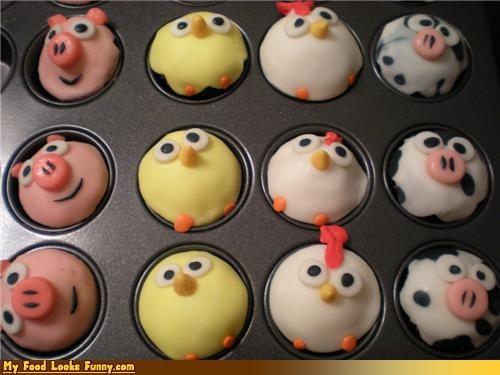 chickens,cows,cupcakes,farm,pig,Sweet Treats