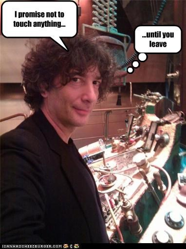 NEIL GAIMAN STEALS THE TARDIS