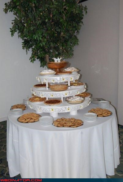 cake stand,cake stand with pies,Dreamcake,funny wedding cake picture,funny wedding photos,wedding,wedding cake stand