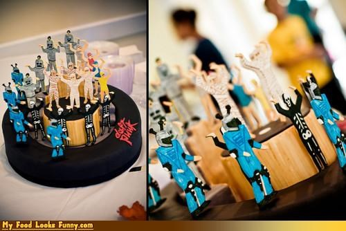Funny Food Photos - Daft Punk Cake