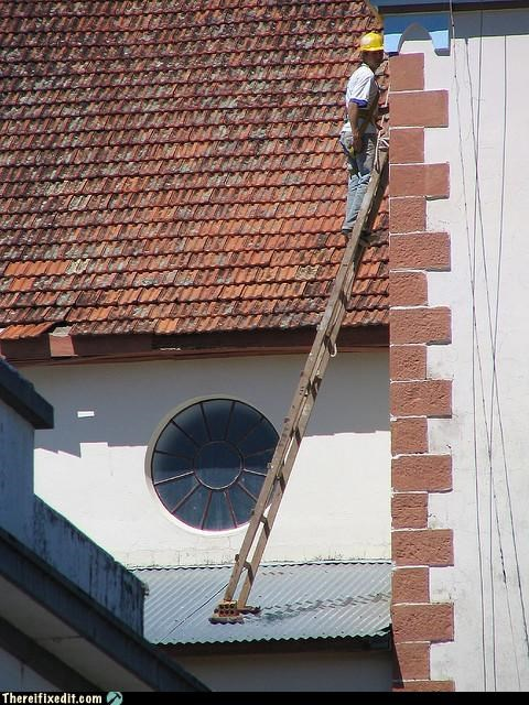 cautionary fail,dangerous,ladders,Professional At Work
