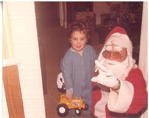 Kid + Santa + Beer + Smokes = Bad Idea