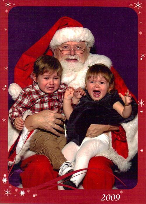 2 kids,boy,crying,funny look,girl,glasses,mal