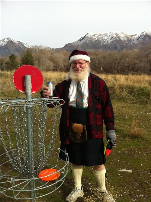 Scottish Santa Playing Disc Golf Drunk