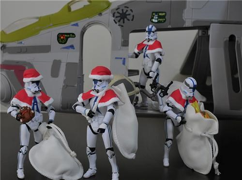 For Intergalactic Gifts Santa Employs Help