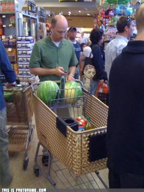 food,grocery store,peen,photobomb