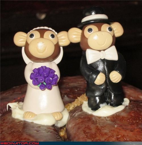 bride,cute cake toppers,Dreamcake,funny wedding photos,groom,monkey cake toppers,monkey wedding cake toppers,surprise,were-in-love,wedding cake toppers