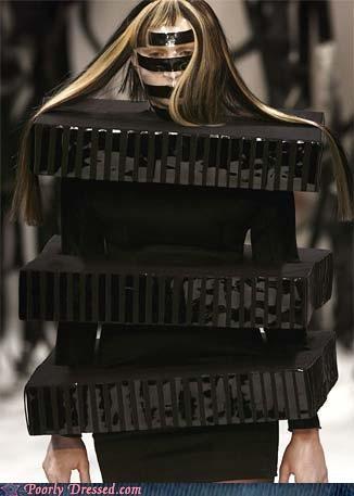 afro,box,fashion,fashion show,hair,mummy,runway
