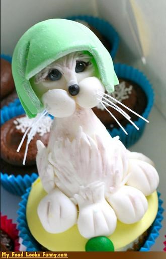 Funny Food Photos - Limecat Cupcake