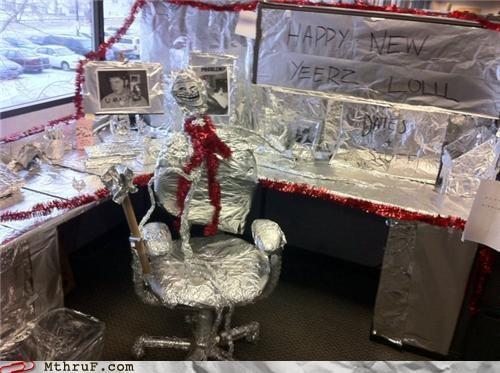 cubicle,prank,problem,tin foil,troll