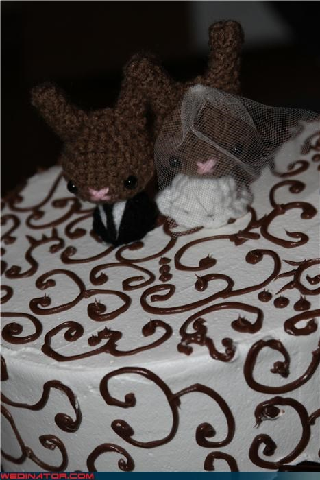 adorable cake toppers,bride,cake toppers,Dreamcake,Etsy cake toppers,funny wedding photos,groom,knit cake toppers,Moon Bunny cake toppers,Moon Bunny wedding cake toppers,were-in-love,wedding cake toppers,Wedding Themes