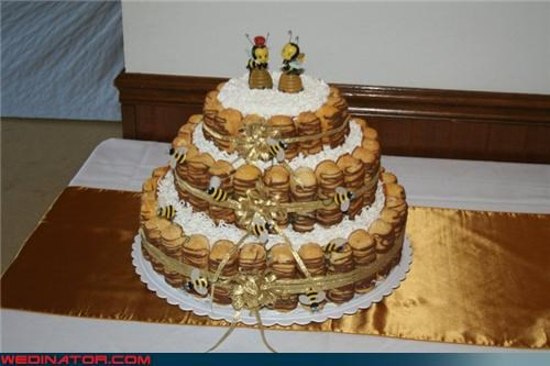 confusing,confusing wedding cake,Dreamcake,eww,funny wedding photos,gross wedding cake,sweet,themed wedding cake,twinkie wedding cake,twinkies and bees,Wedding Themes,weird wedding cake,wtf
