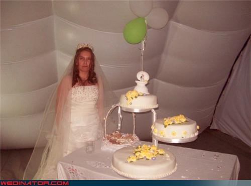 bride,Crazy Brides,Dreamcake,fashion is my passion,funny bride picture,funny wedding cake picture,funny wedding photos,lonely bride,lonely bride is lonely,lonely wedding cake picture,miscellaneous-oops,three-tiered cake,wtf