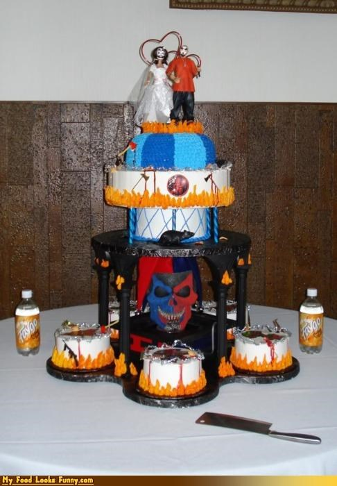Funny Food Photos - Juggalo Wedding Cake