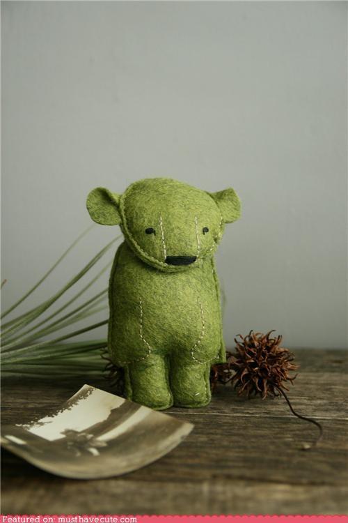 bear,felt,green,hand made,Plush,polar bear,stitching