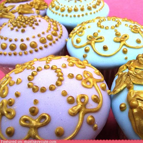 cupcakes,decor,epicute,gold,icing,ornate