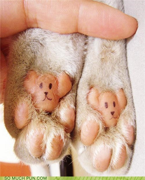 BEAR FOOTED