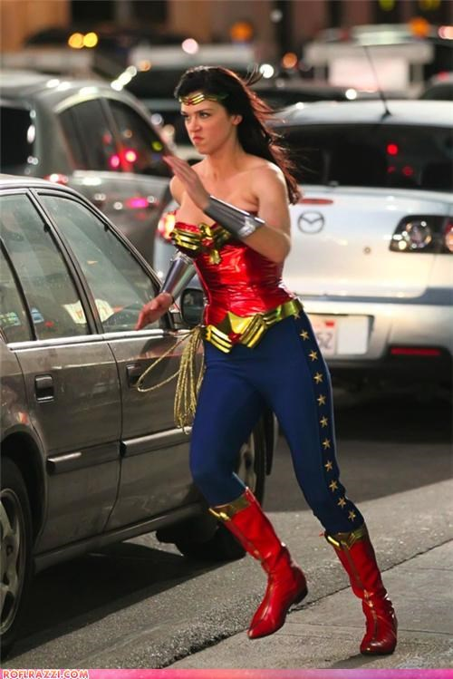 Wonder Woman Costume Update: Still Awful