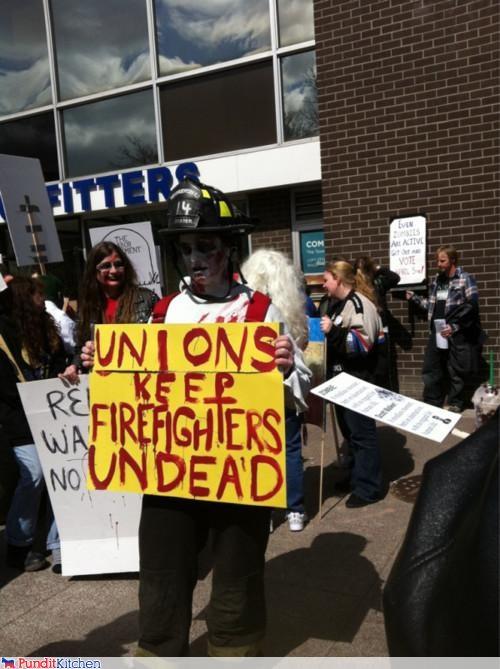 political pictures,scott walker,unions,wisconsin