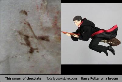 This Smear of Chocolate Totally Looks Like Harry Potter on a Broom