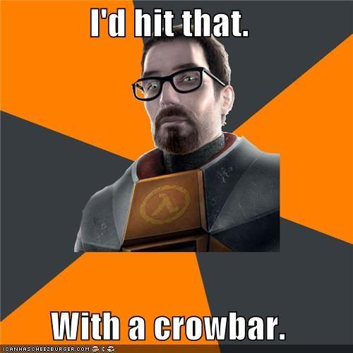crowbar,gordon freeman,half life,hitting,video games
