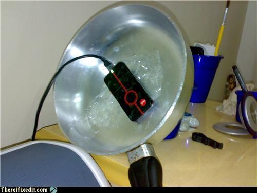 antenna,cell phone,kitchen,kitchen kludge