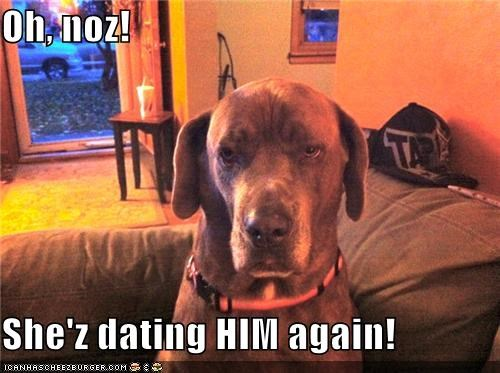 Oh, noz!  She'z dating HIM again!