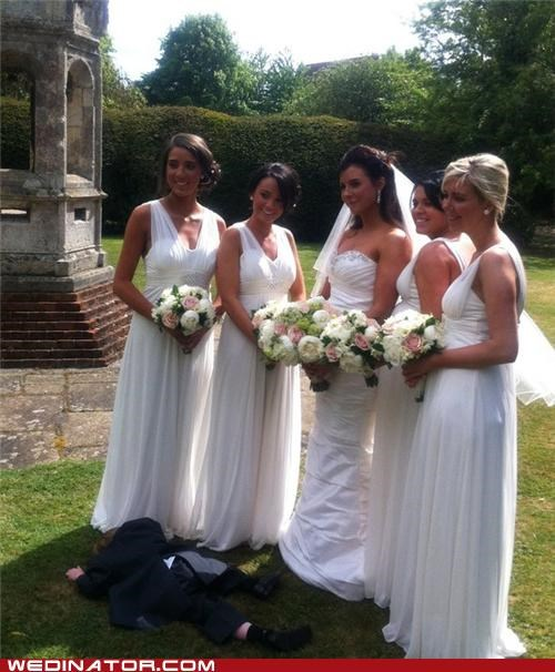 bride,bridesmaids,children,funny wedding photos,Photo