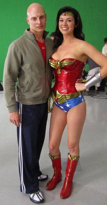 Wonder Woman's Hot Pants of the Day