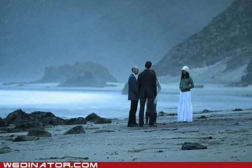 beach,funny wedding photos,pacific northwest,wedding