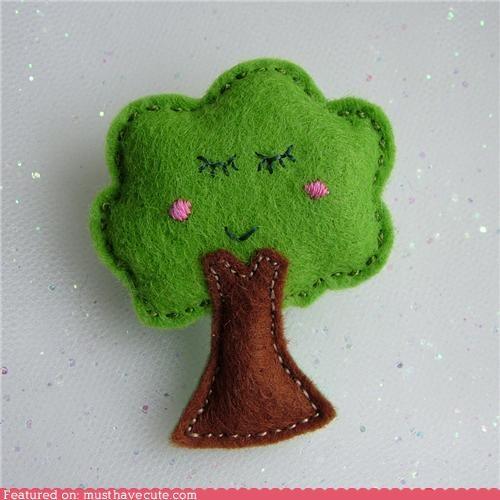 brooch,face,felt,pin,smile,tree