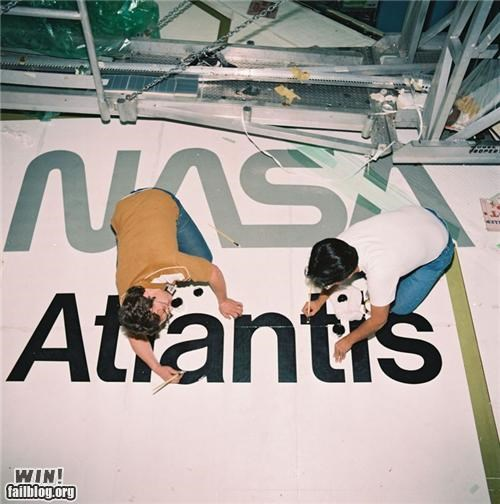 Building the Space Shuttle Atlantis WIN