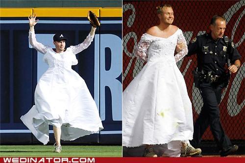 baseball,funny wedding photos,wedding dress
