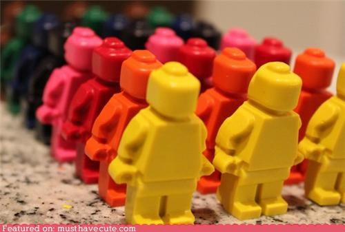 coloring,crayons,figurines,lego,lego minifigs,men
