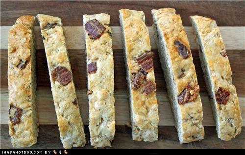 Homemade Goggie Treat ob teh Week: Bacon Biscotti!