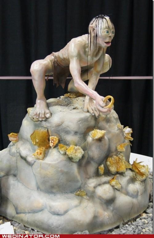 funny wedding photos,gollum,Lord of the Rings,wedding cake